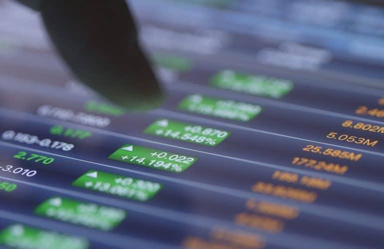 Cambiar de manera automática combinación por defecto sin stock